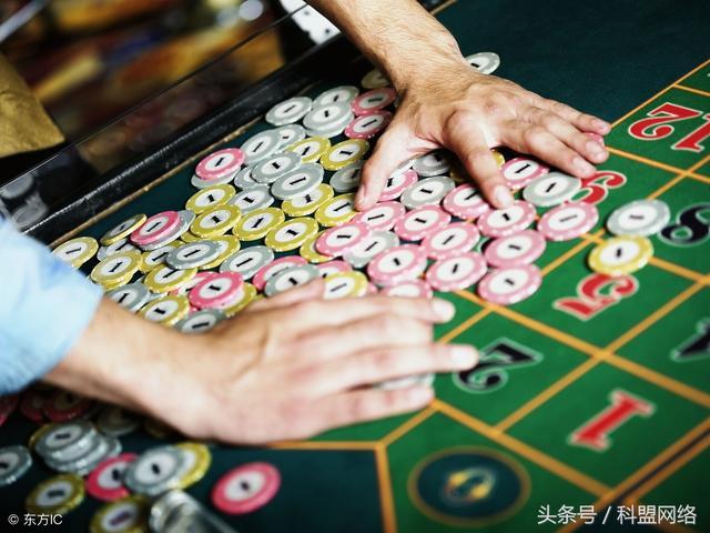 沙龍娛樂城-真人發牌